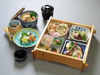 期間限定!【春の季節点心の夕食付プラン】春の彩と京料理の華やかな伝統の味をお部屋で