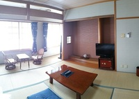ぼたん鍋 布団敷きの部屋