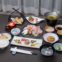 ★8月16日限定★お部屋から見る大文字焼!別荘地にある温泉旅館で箱根の夏を楽しもう【2食付】