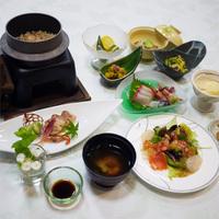 【平日限定10%OFF】福島の地産鶏・伊達鶏と旬菜づくし!癒しの花の郷&ハーブ風呂【月コース9品】