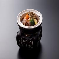 【冬の戸隠会席膳】メイン料理は長野県産りんご和牛しゃぶしゃぶ