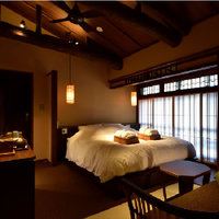 白藍 京町屋ダブルベッド和室