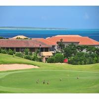 【リゾートゴルフ】碧い海に囲まれたゴルファーの楽園「小浜島カントリークラブ」1日1プレー/朝食付