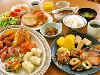 全室ルームシアター無料サービス中!ご朝食付きサマー・プラン