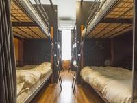 素泊まり 男女共同 相部屋 2段ベッド