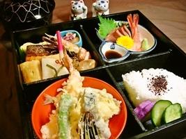全室ルームシアター無料サービス中!松花堂弁当の夕食&朝食付き限定プラン