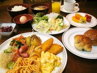 お手頃:ご夕食≪ルームサービス≫&ご朝食バイキング付きウインター・プラン