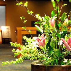 ◆阿賀野川ライン屋形船遊覧+夕朝2食付パック◆9時から15時まで1時間おきに出航【会場食】