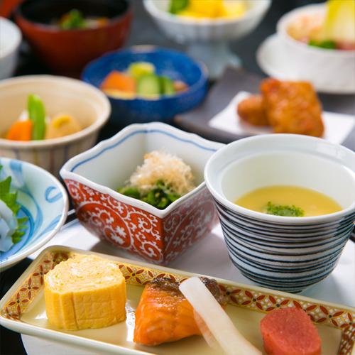 【個室食事処】【1泊朝食】こだわりの和朝食★癒しの休日プラン♪