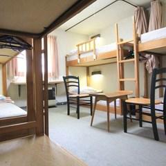 2段ベット 6人部屋