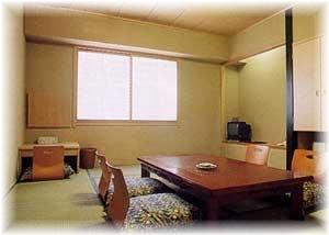 【ポイント10倍】★和室10畳★広びろ〜っと泊まっていかれ〜♪おひとり様限定♪素泊り