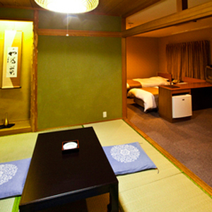ゆったり♪ 和洋室ツインルーム+和室(朝食付き)