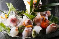 【期間限定】【お日にち限定】【夕朝食付】金目鯛煮付け&旬の近海御造7点盛り!創作和会席プラン