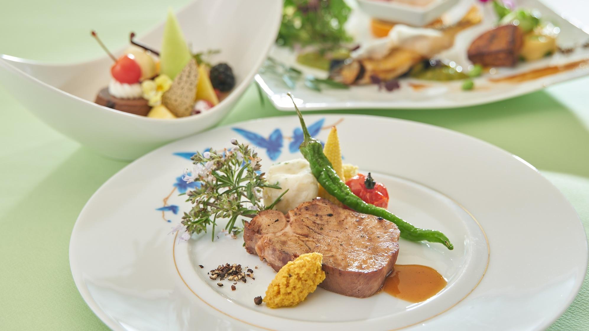 【ポイント10倍】【スペシャルディナー】至福のひととき『シェフスペシャルプラン』夕食・朝食付き