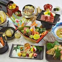 ◆鮑&和牛ステーキ付◆極上素材のハーモニー!最も豪華な8大グルメ【特選極みコース】