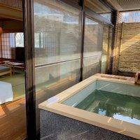 露天風呂付和風ベッドルーム(62平米)【禁煙】