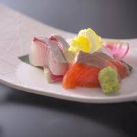 【特選懐石】料理長厳選の讃岐・阿波の逸品を味わいつくす季節の特選コース