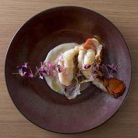 ◆ご夕食UPグレード−海の幸◆薫り高い<オマール海老>を豪快に!お酒も進む贅沢な時間