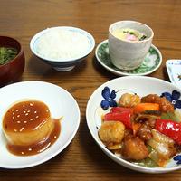 【2食付】お食事は自家製野菜・お米で手作り!日替わり定食で連泊にも最適★<現金特価>