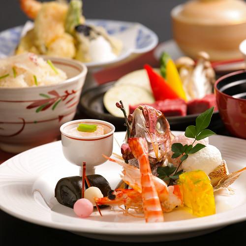 【記念日×プレゼント旅行にも♪】大切な記念日を彩るお祝い膳!大人4名様以上で鯛の姿造り付♪