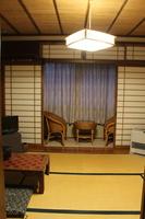 昭和ロマン棟 和室6畳 (禁煙)
