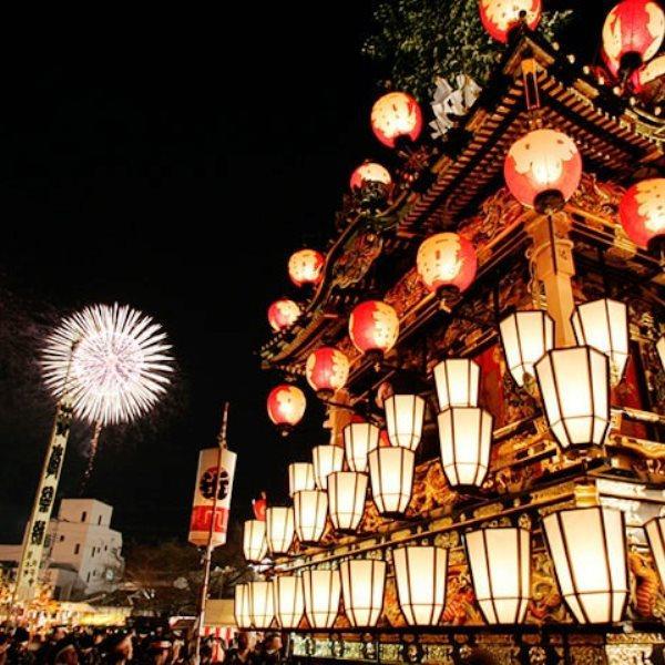 【12/2・3 開催♪】日本三大曳山祭の一つ【秩父夜祭】300年の歴史を誇る 秩父神社の例大祭を観覧