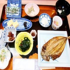 【平日限定】一人旅に♪ずわい蟹&舟盛りetc..部屋食で!