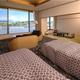 富士山側の『和洋室』(64平米/バス・トイレ付)
