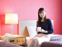 【シンプルステイ】ゆとりと機能性を重視した客室で/素泊まり