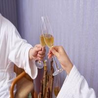 【☆スイートルーム確約☆】女子会・グループ歓迎☆乾杯スパークリングワインとお得な12時チェックアウト