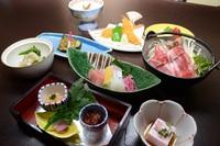 【スタンダード・2食付】箱根強羅で四季折々の味覚と源泉かけ流しの温泉を堪能