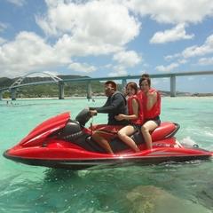 【2泊3日】夏だ!海だ!車で行く離島!?美しい海でジェットバイクin瀬底島!2018≪朝食付≫