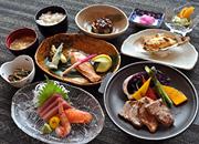源泉かけ流し100%の天然温泉&標茶の旬を使った和洋食膳に舌鼓♪(夕朝食付)