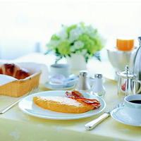 【記念日】憧れのスイートでプロポーズや誕生日のお祝いに☆最上階フレンチでフルコース(夕朝食付)