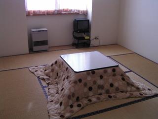 【平日限定】レンタル¥1500円、宿泊・リフト券割引あり♪朝食付