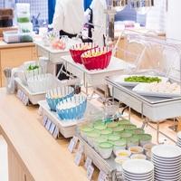 【朝食付き】スタンダードプラン<愛媛名物を取り入れた和洋食50種類のバイキング♪>