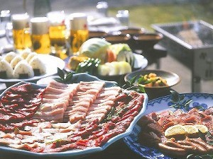 【1泊2食】デリバリーBBQ食材(夕食)&朝食1泊2食付き専用露天風呂付きコテージプラン