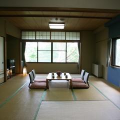 【本館和室 12.5畳/喫煙】日当たり良好!南向きの部屋