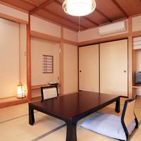 庭園を眺めながら寛ぐ◆和室10畳+広縁◆