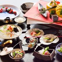 【奏の京懐石 〜撫子コース〜】繊細さを極め、美を散りばめた京懐石。飽くなき食への追及をカタチに——