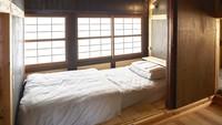 【女性専用ドミトリー・シングルベッド】引き戸付の独立スペース
