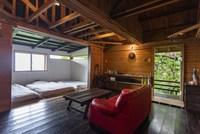 〝山の小屋〟と7つの楽園  創業者とその仲間たちを中心にセルフビルドした小さな小屋