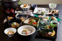 夕食は季節の京料理会席コースプラン 和朝食付き