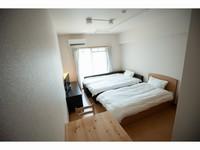 【禁煙】スタンダードダブル+シングルベッド