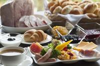 【1泊朝食】【スタンダード】地産素材を活かした自然美食ビュッフェ 開運&日光パワースポット巡りの旅