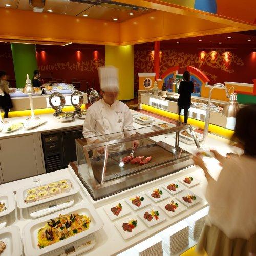 レストラン夕食(イメージ)