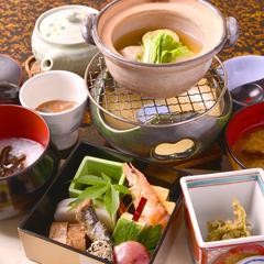 【夕食なし・朝食は部屋食】熱海の老舗旅館でワンランク上のリモートワークや至高の息抜きを/一人旅