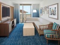 ワイキキビーチが目の前!ロケーション抜群のリゾートホテルのシンプルステイプラン(1泊からご利用可)