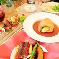 【1泊2食付】彩り豊かな食材に舌鼓み!フカヒレの姿煮付きカジュアル中華ディナープラン
