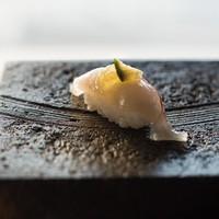 【夕食特選】寿司カウンターの「八咫」は目の前が海!白浜の海の幸を味わう◆2食付き